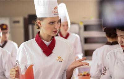 <b>选择大于努力:西点西餐行业发展前景广阔!</b>