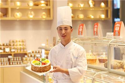 """""""快、准、狠""""三步法学西点,上海欧米奇给你想要的好未来"""