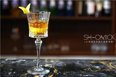 在上海学调酒都去哪里?解开欧米奇神秘的酒世