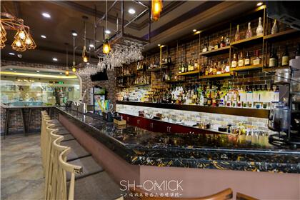 调酒行业揭秘:酒饮的价格究竟是怎么订的?