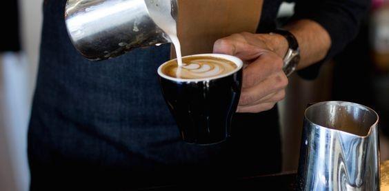 <b>咖啡师职业培训学校的学员们毕业后该如何发展?</b>