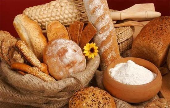 <b>想成为面包师必须要掌握的基本知识!</b>